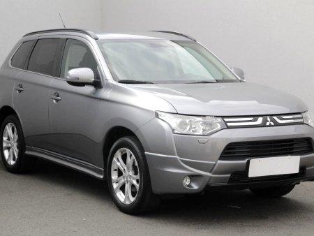 Mitsubishi Outlander, 2013