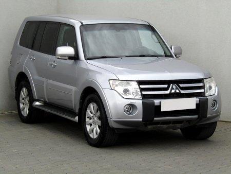Mitsubishi Pajero, 2011