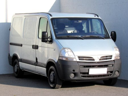 Nissan Interstar, 2004