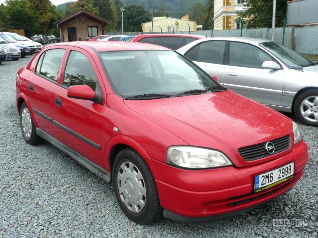 Opel Astra, 1998 - celkový pohled