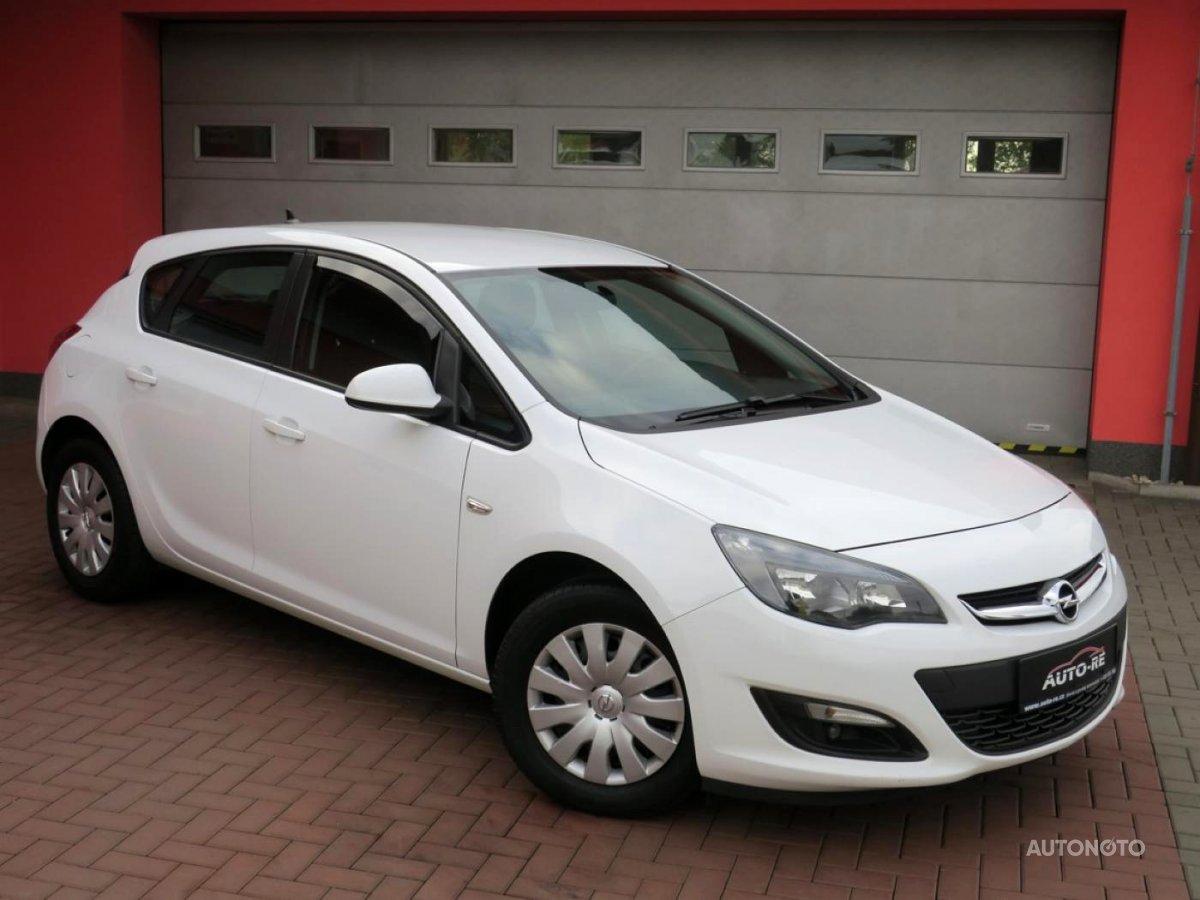 Opel Astra, 2014 - celkový pohled