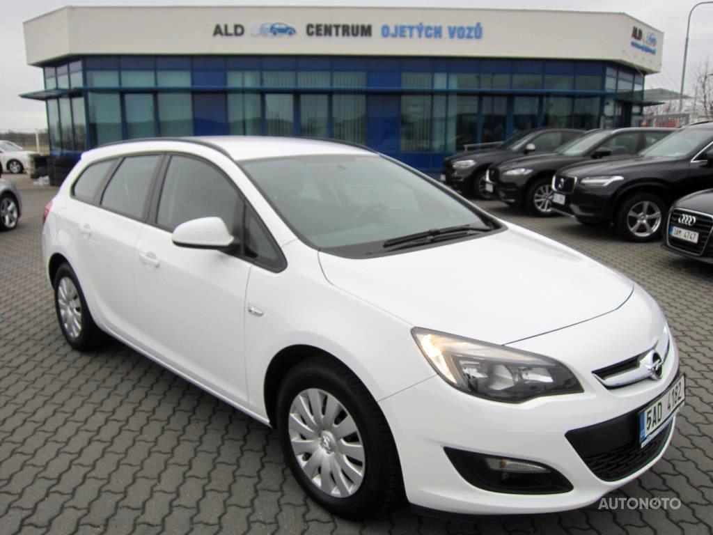 Opel Astra, 2016 - celkový pohled