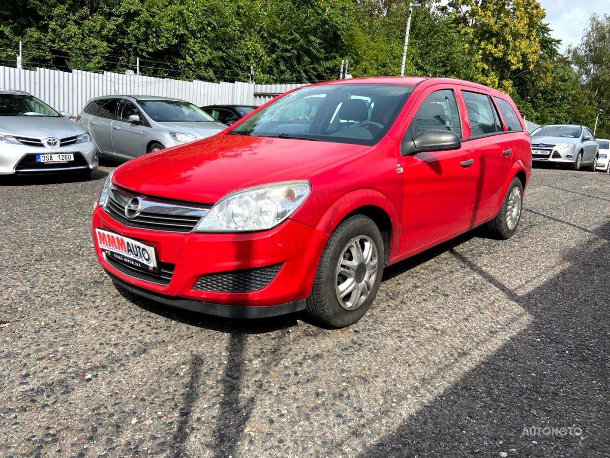 Opel Astra, 2007 - celkový pohled