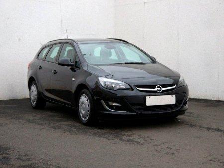Opel Astra, 2011