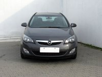 Opel Astra, 2012 - pohled č. 2