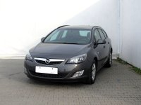 Opel Astra, 2012 - pohled č. 3