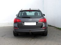 Opel Astra, 2012 - pohled č. 6