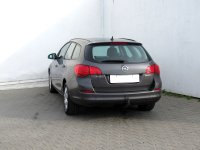 Opel Astra, 2012 - pohled č. 7