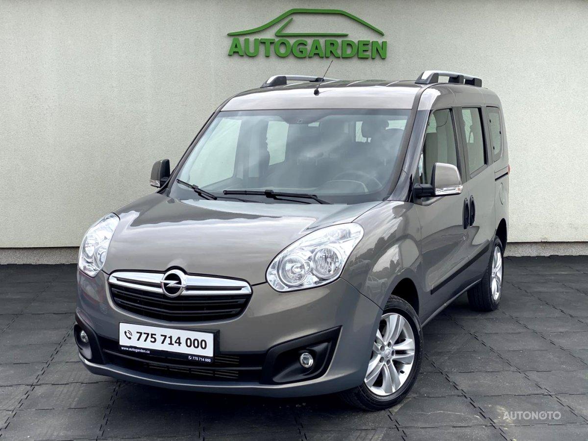 Opel Combo, 2012 - celkový pohled