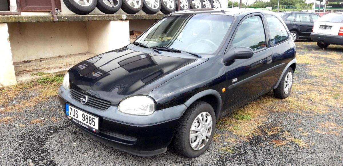 Opel Corsa, 2000 - celkový pohled