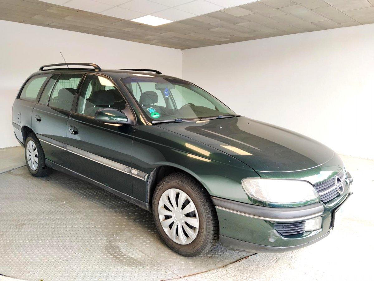 Opel Omega, 1998 - celkový pohled