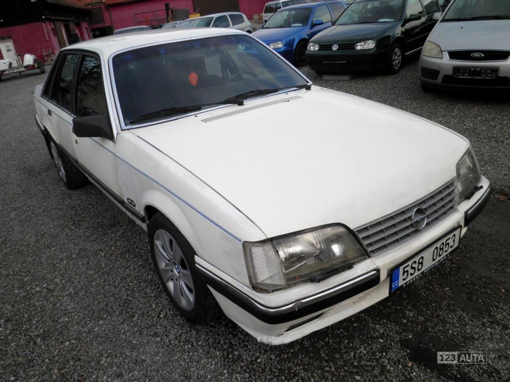 Opel Senator, 1986 - celkový pohled