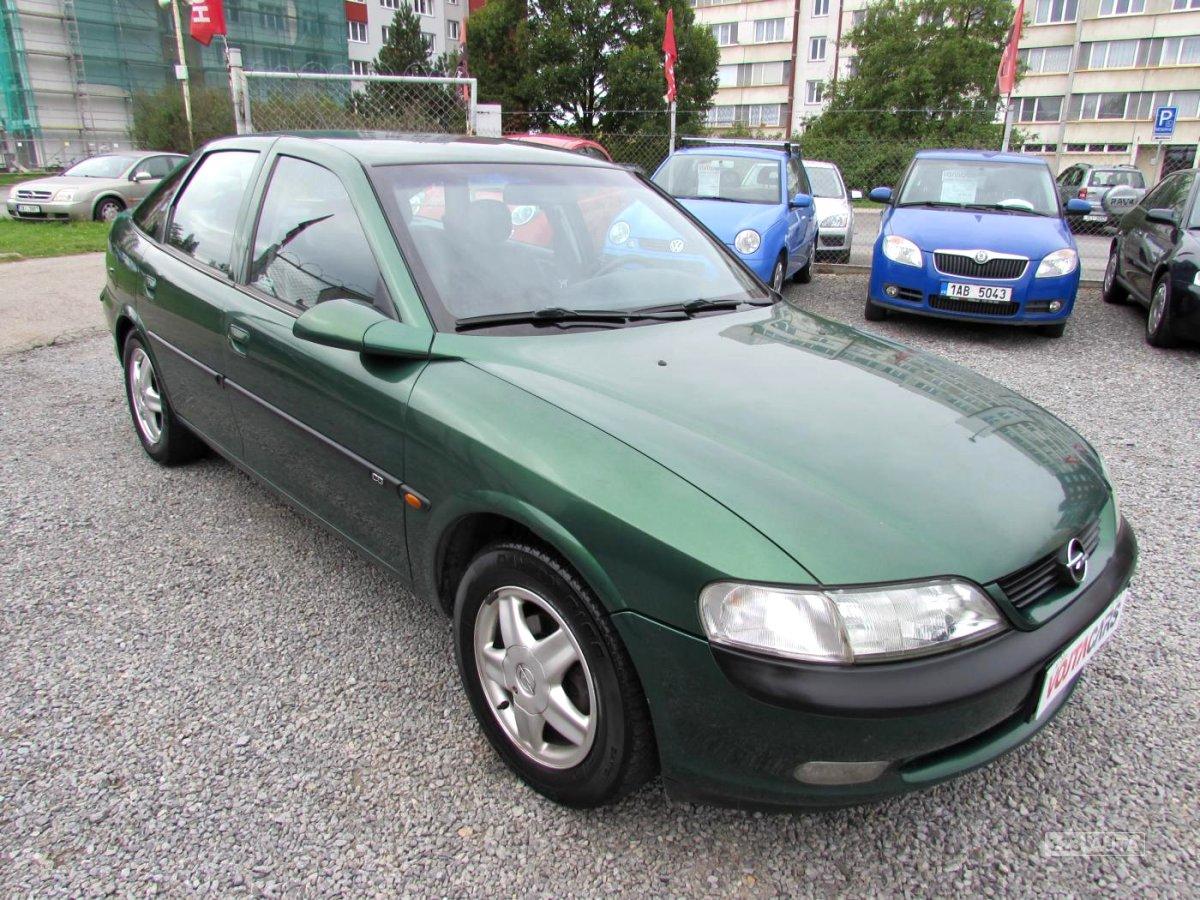 Opel Vectra B, 1997 - celkový pohled