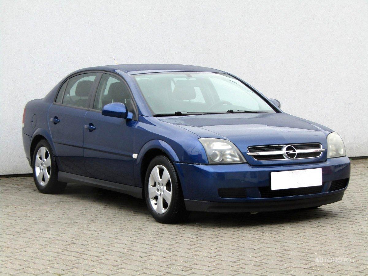 Opel Vectra, 2004 - celkový pohled