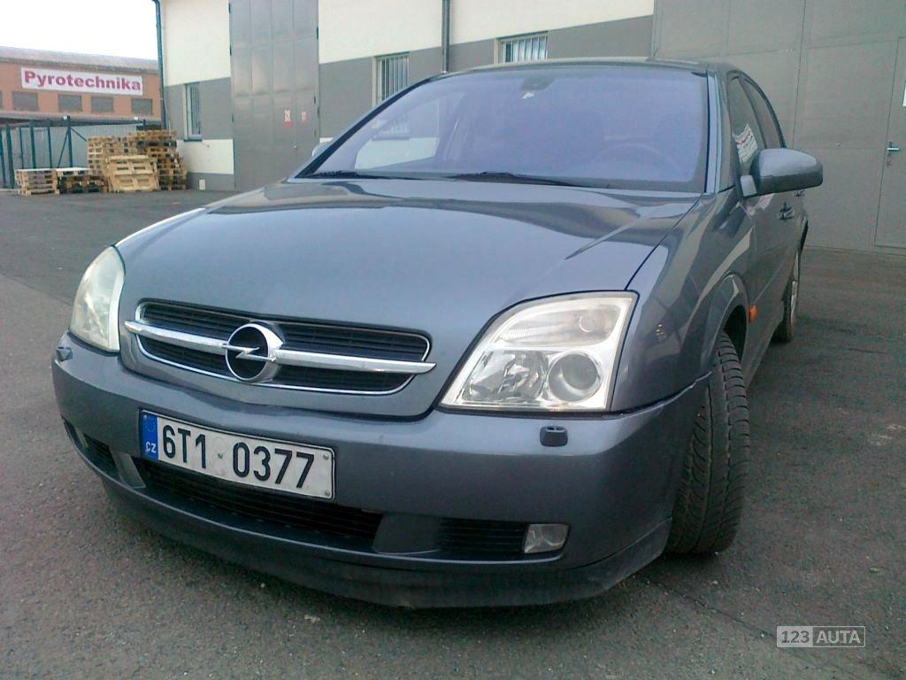 Opel Vectra, 2002 - celkový pohled