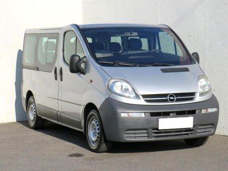 Opel Vivaro, 2004