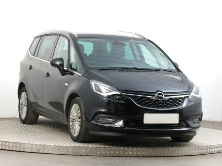 Opel Zafira Tourer, 2017
