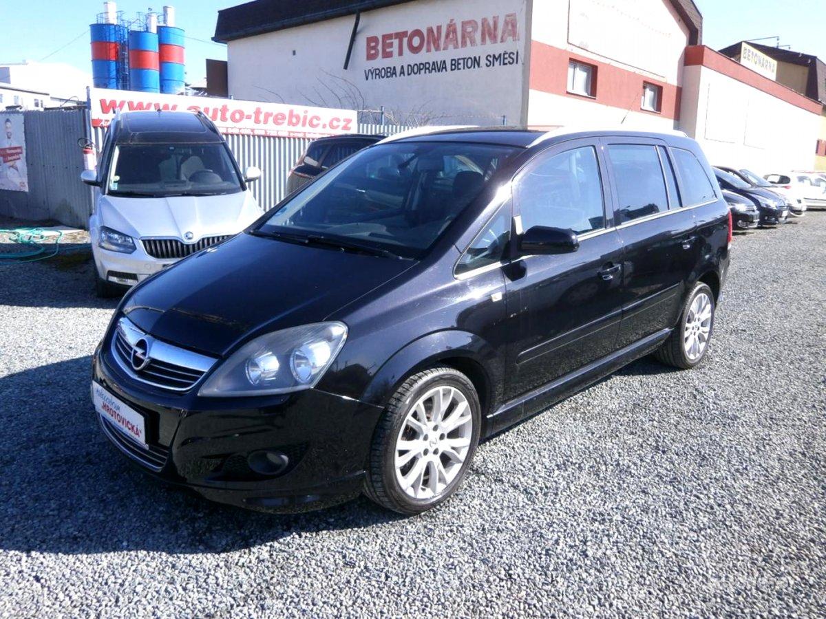 Opel Zafira, 2010 - celkový pohled