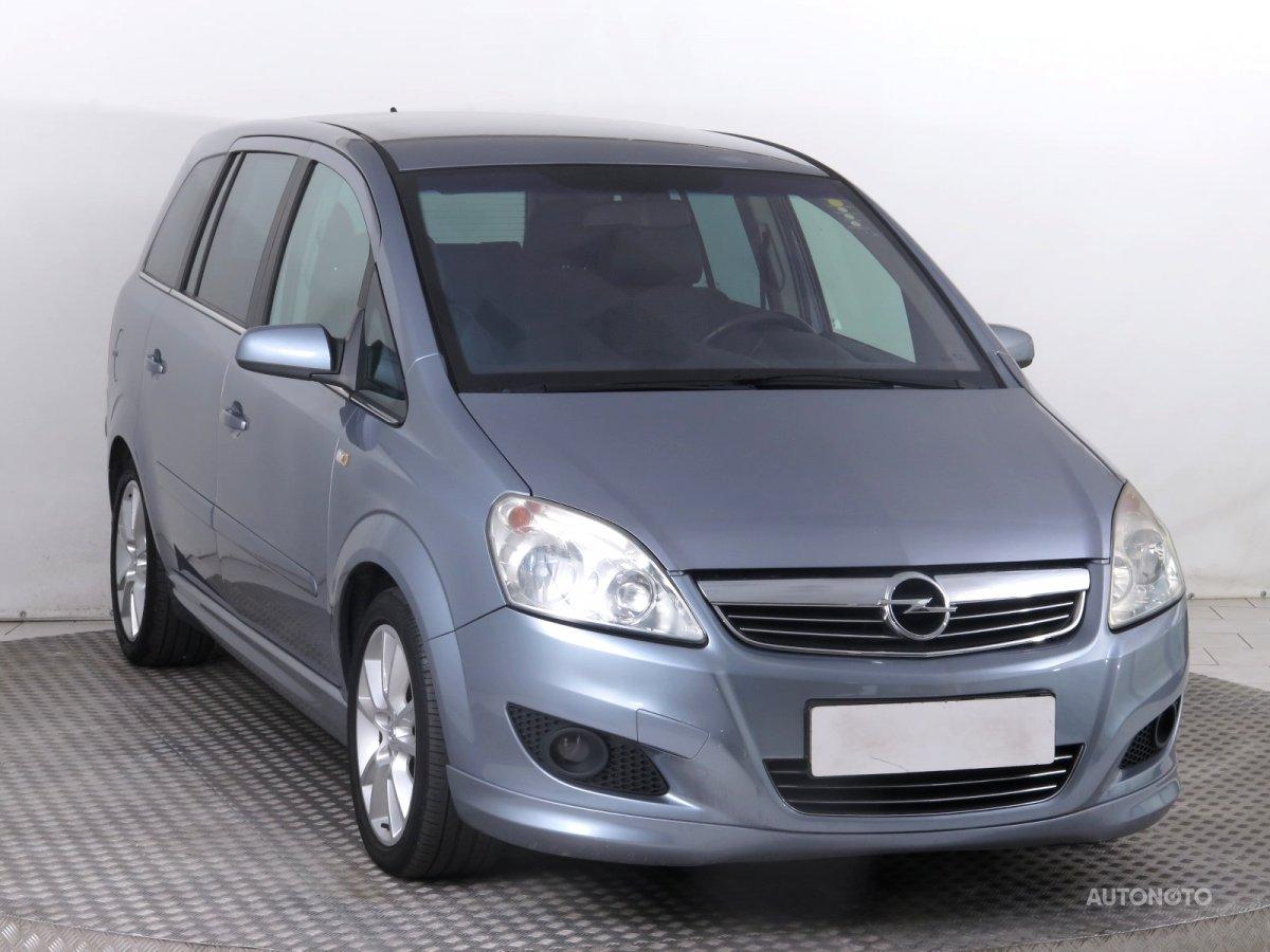 Opel Zafira, 2008 - celkový pohled