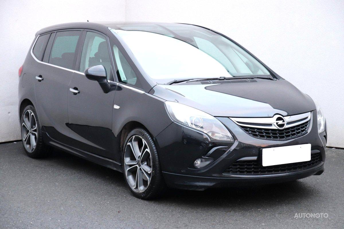 Opel Zafira, 2013 - celkový pohled