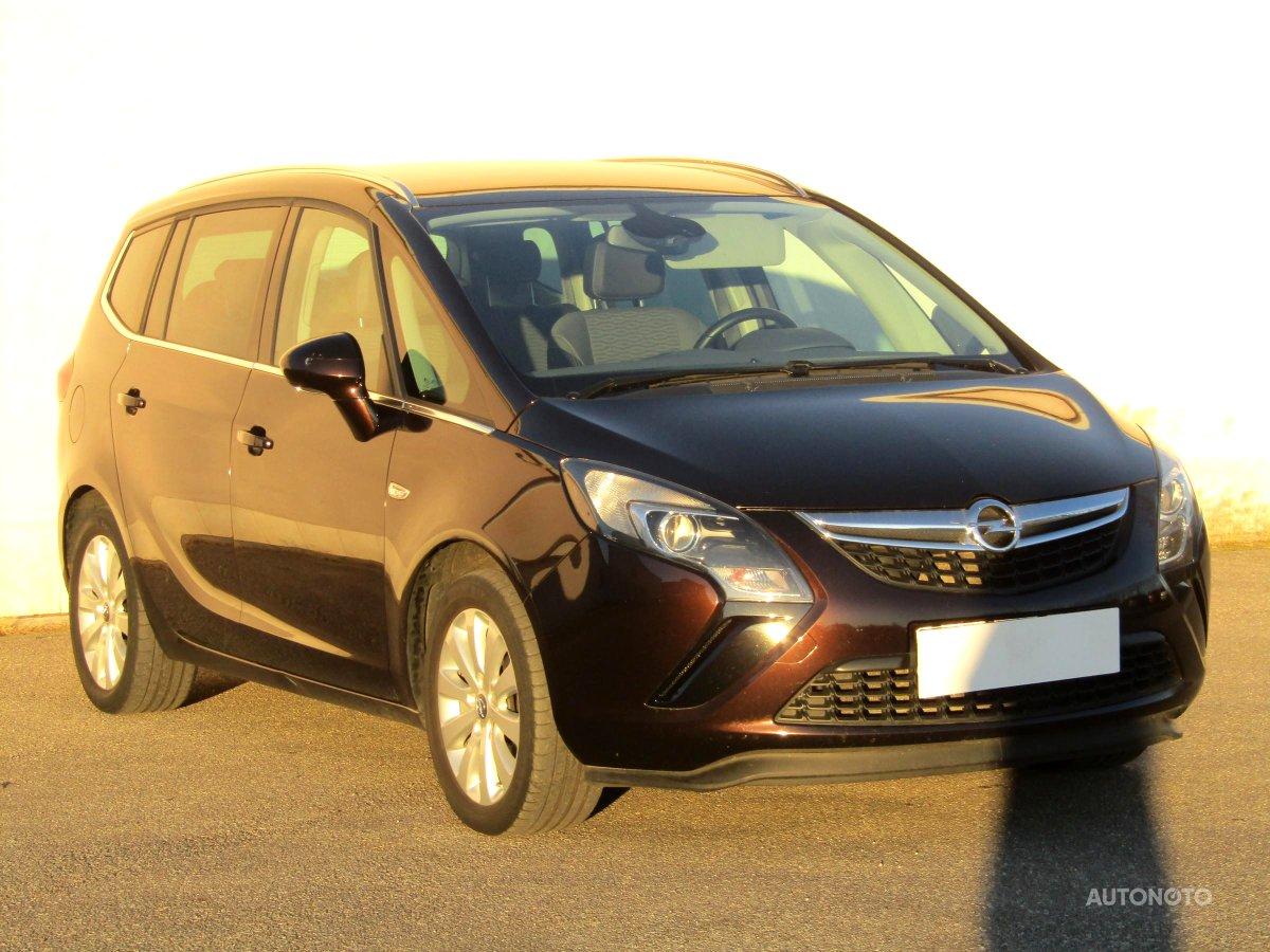 Opel Zafira, 2014 - celkový pohled