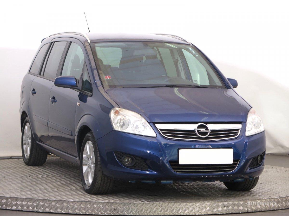 Opel Zafira, 2009 - celkový pohled