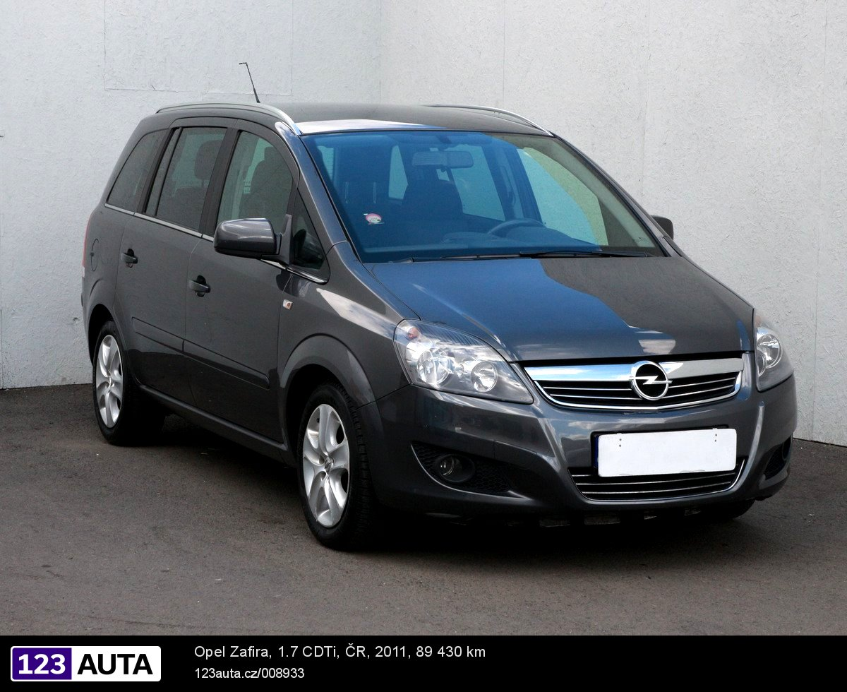 Opel Zafira, 2011 - celkový pohled