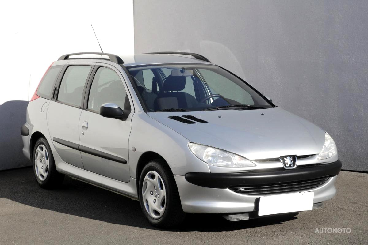 Peugeot 206, 2002 - celkový pohled