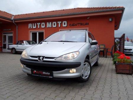 Peugeot 206, 2002
