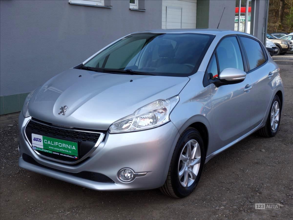Peugeot 208, 2012 - celkový pohled