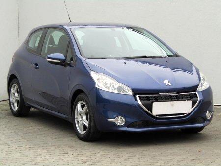 Peugeot 208, 2012