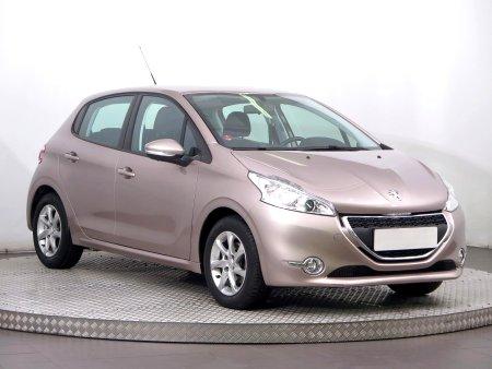 Peugeot 208, 2015