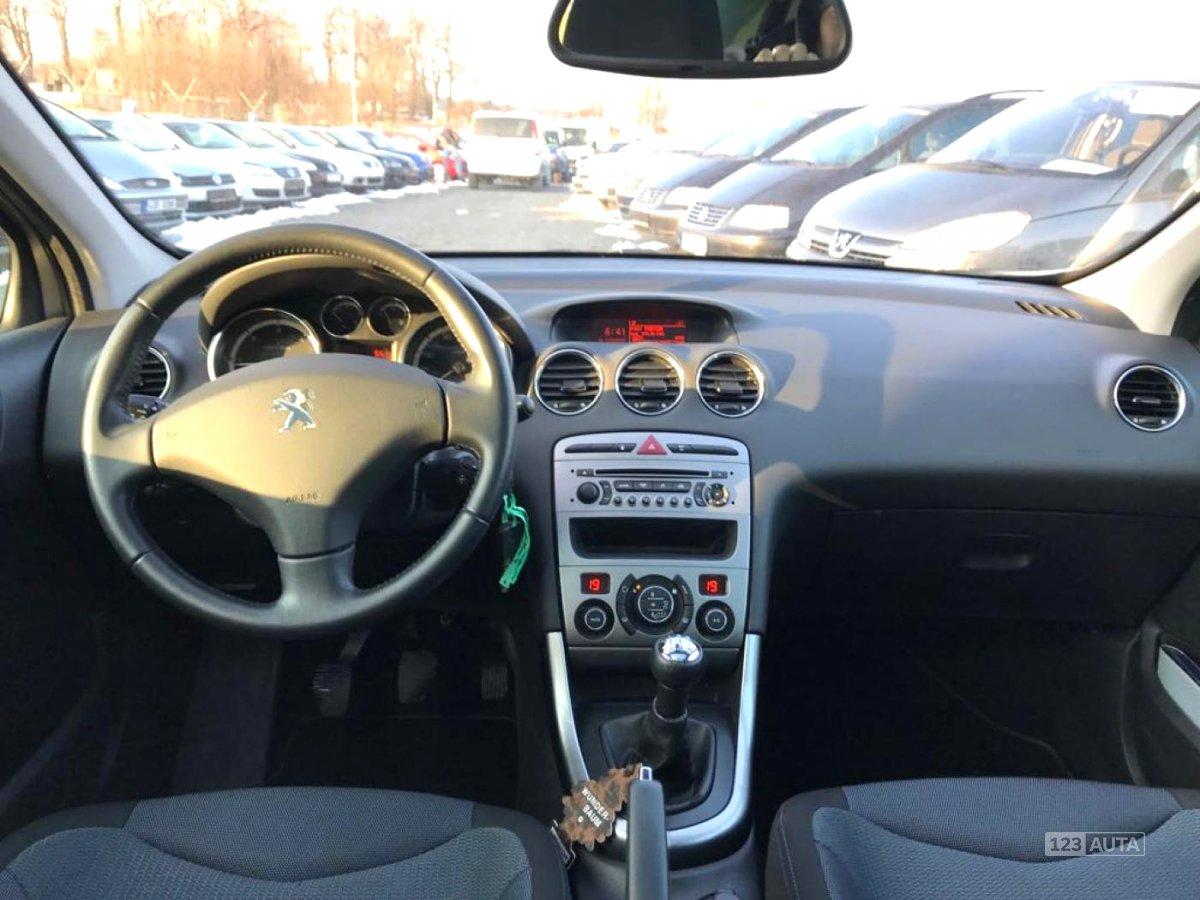 Peugeot 308, 2012 - pohled č. 10