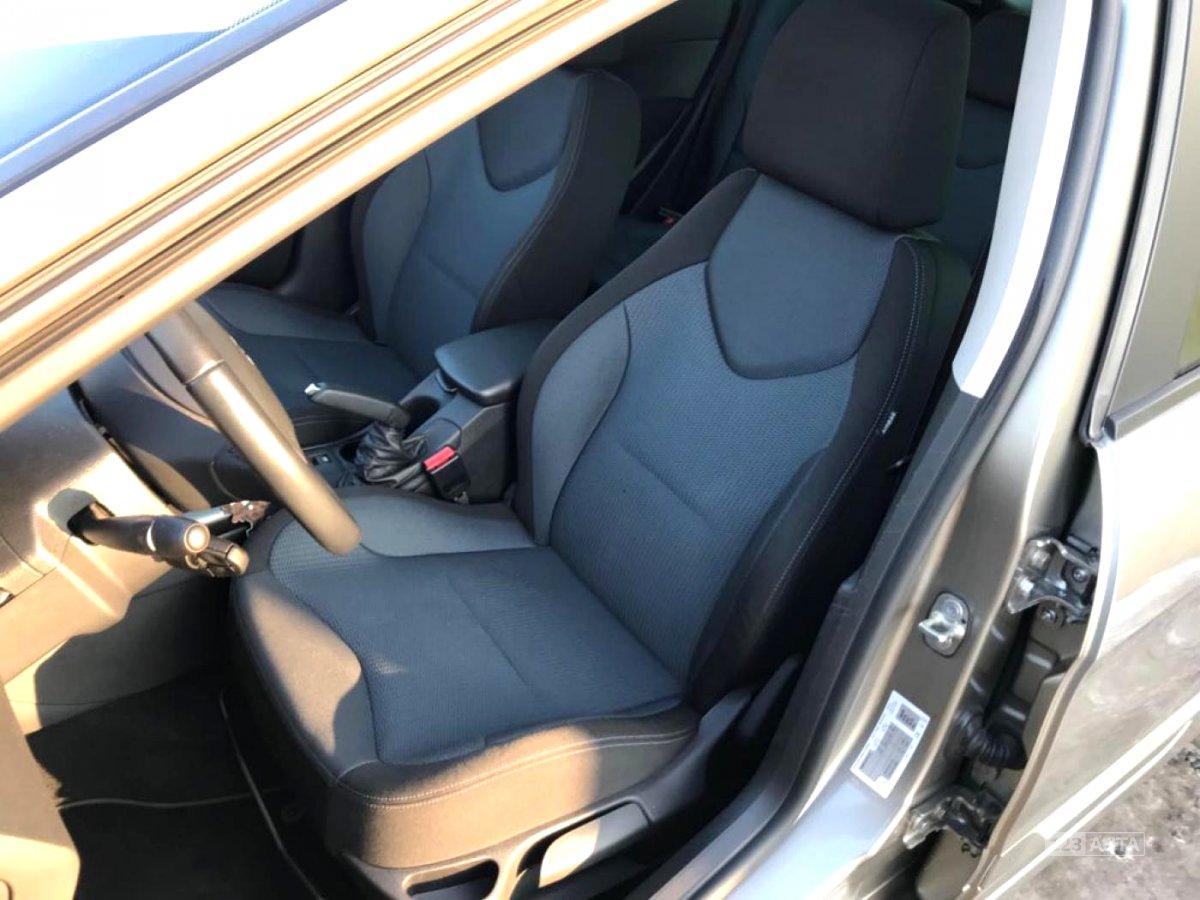 Peugeot 308, 2012 - pohled č. 9