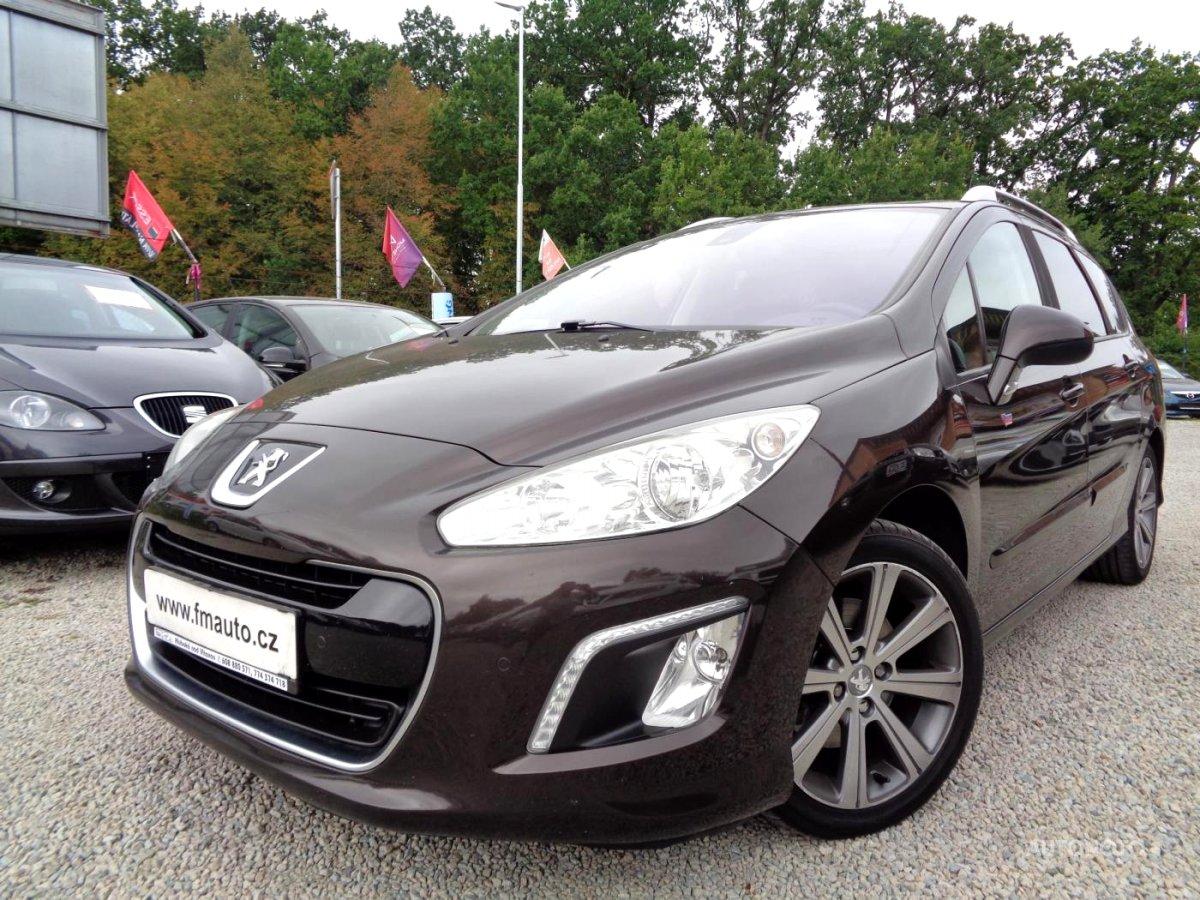 Peugeot 308, 2011 - celkový pohled