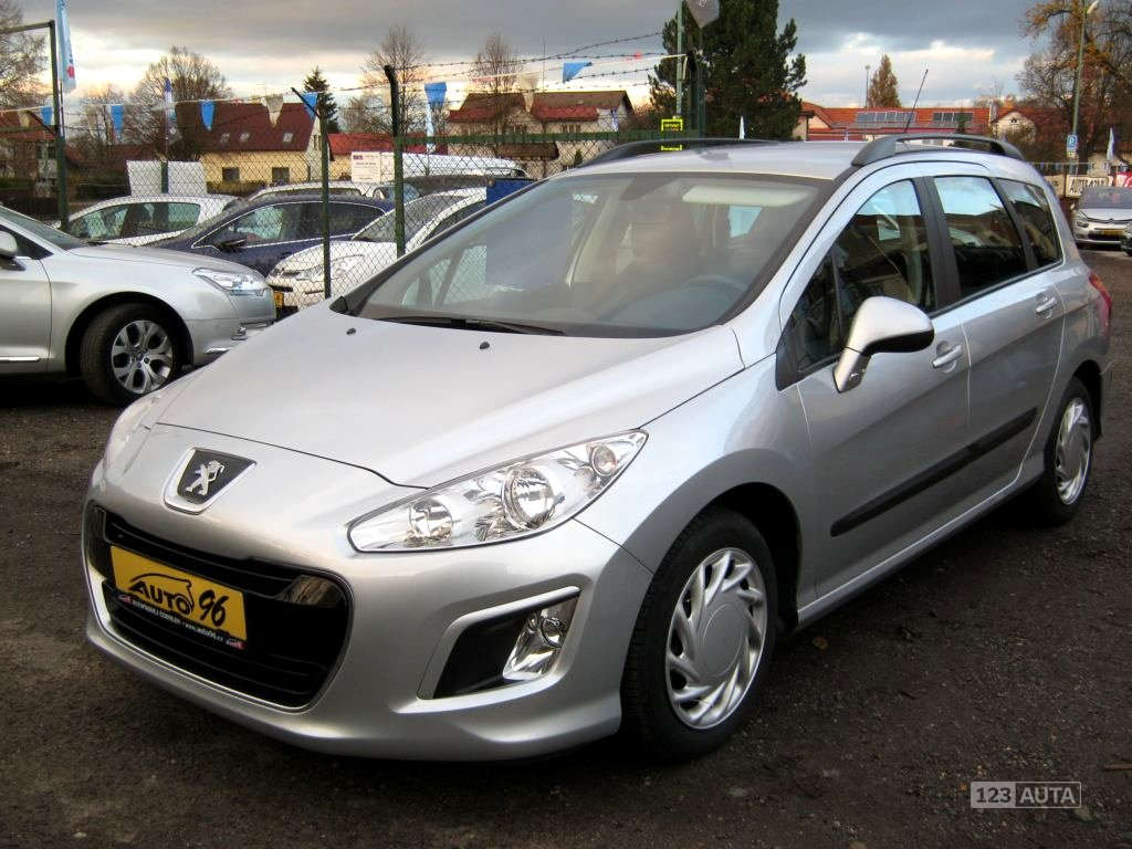 Peugeot 308, 2012 - celkový pohled