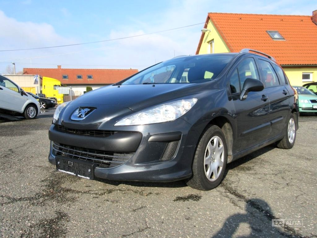 Peugeot 308, 2010 - celkový pohled