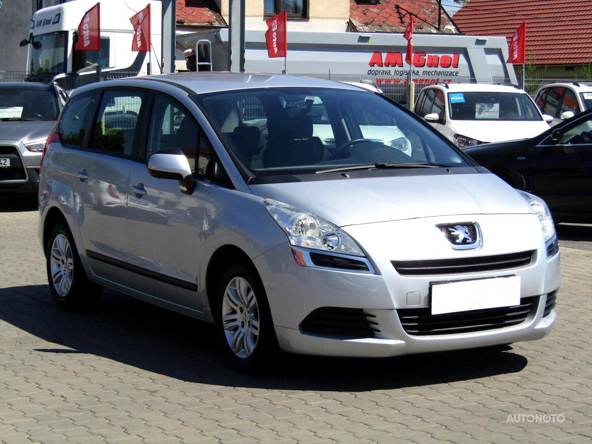 Peugeot 5008, 2010 - celkový pohled