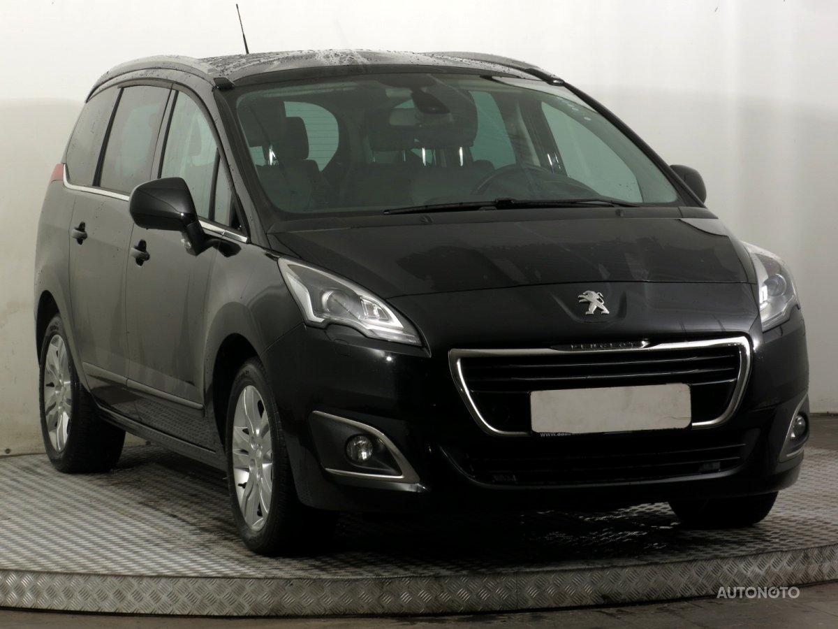 Peugeot 5008, 2015 - celkový pohled