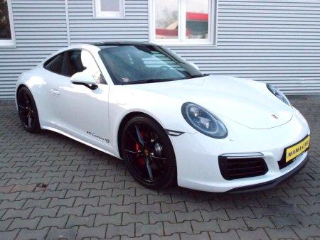 Porsche 911, 2016