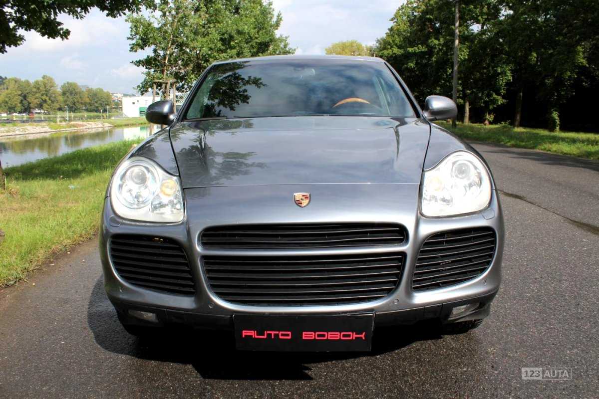 Porsche Cayenne, 2003 - celkový pohled