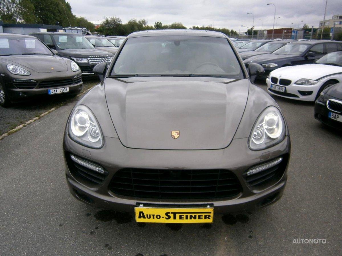 Porsche Cayenne, 2012 - celkový pohled