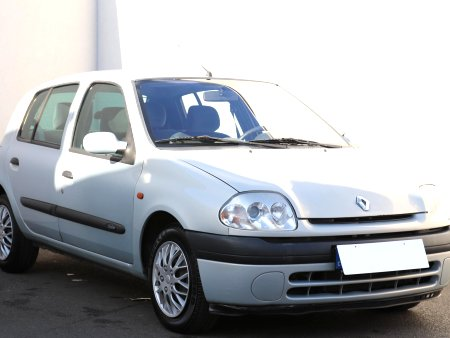 Renault Clio, 2001