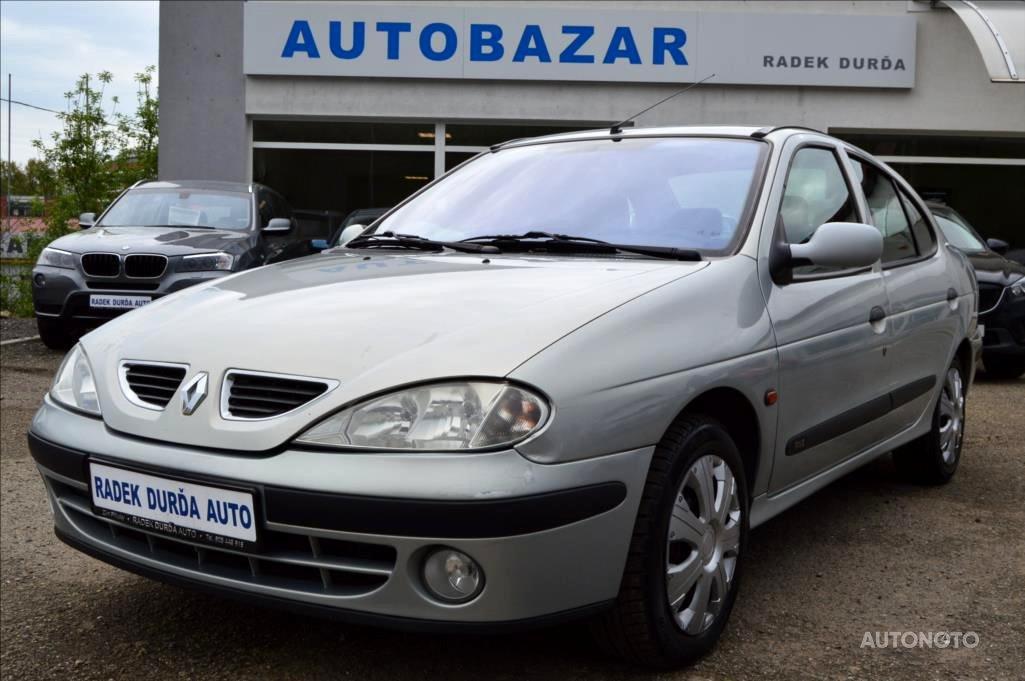 Renault Mégane, 2000 - celkový pohled