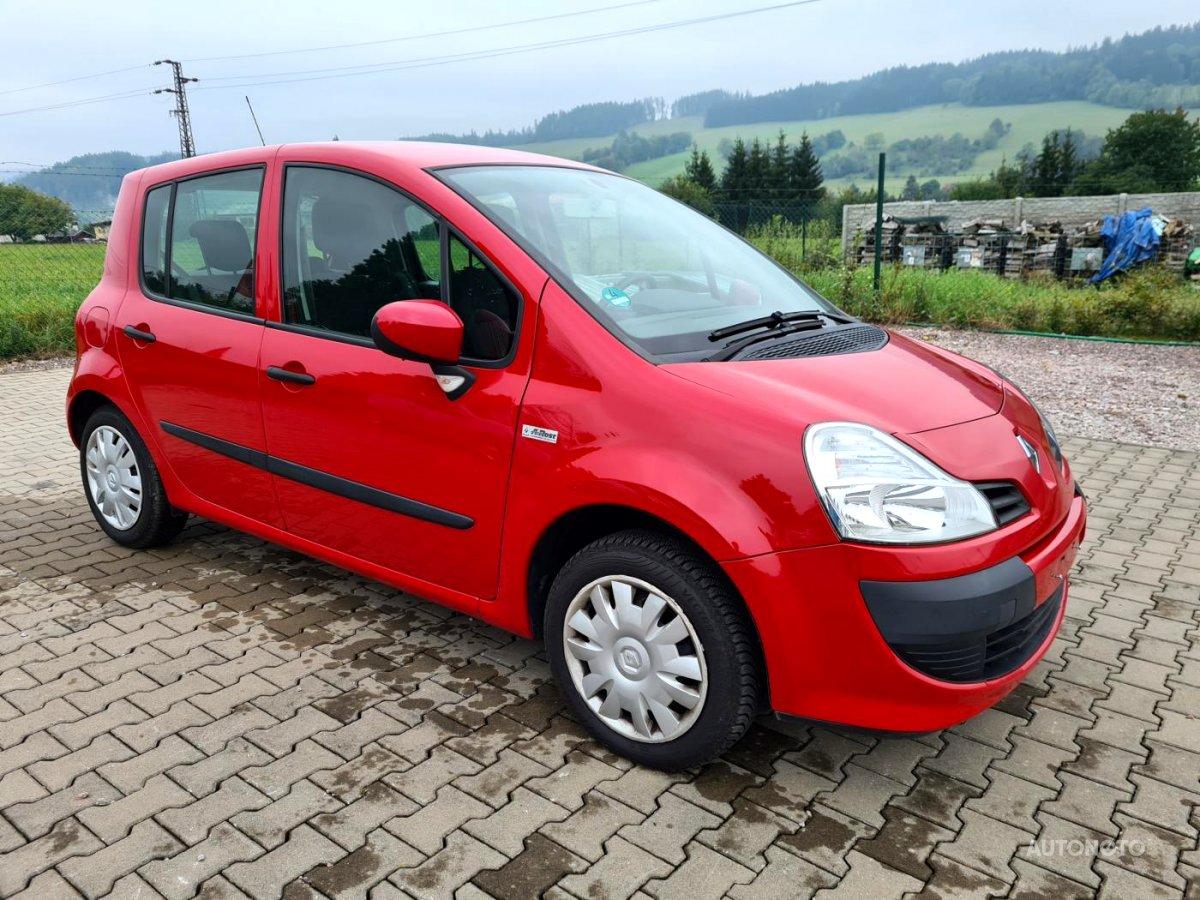 Renault Modus, 2010 - celkový pohled