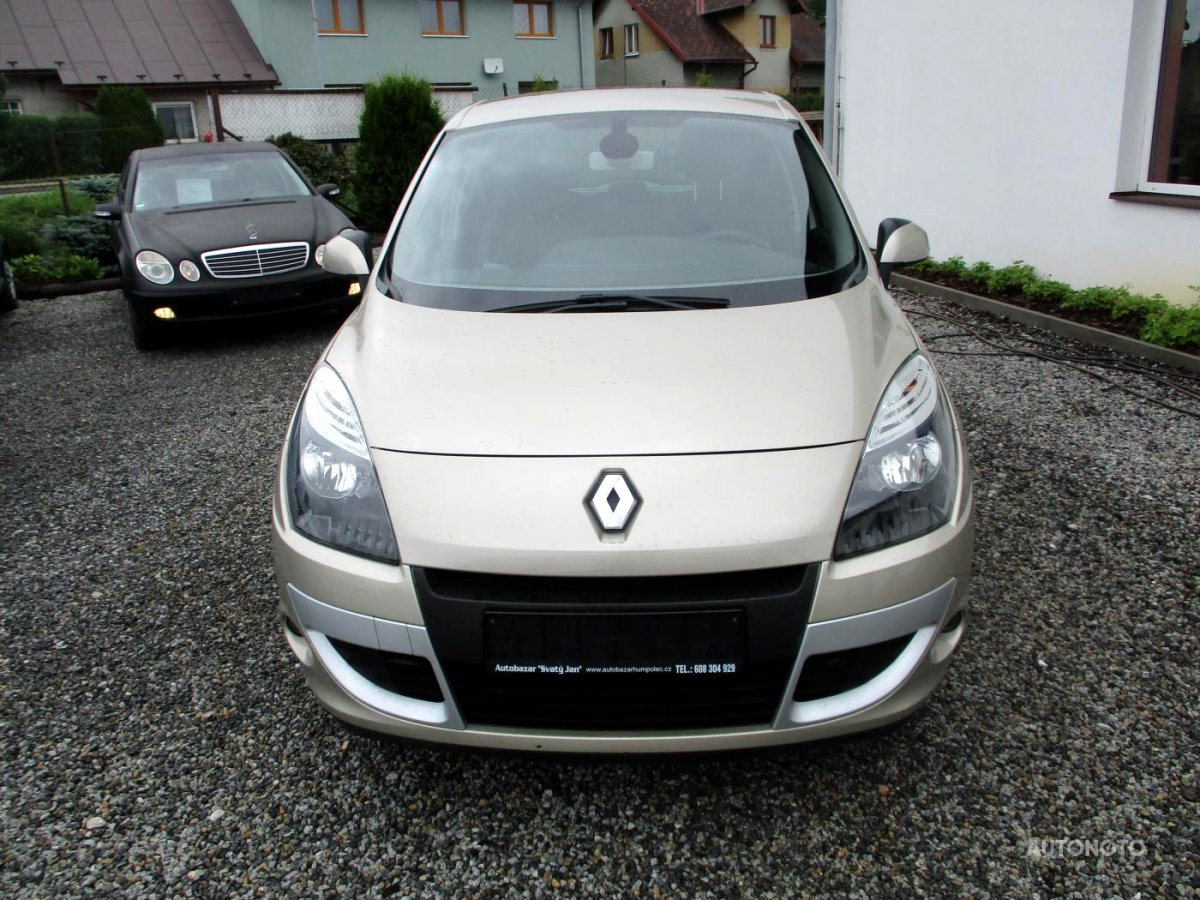 Renault Scénic, 2011 - celkový pohled