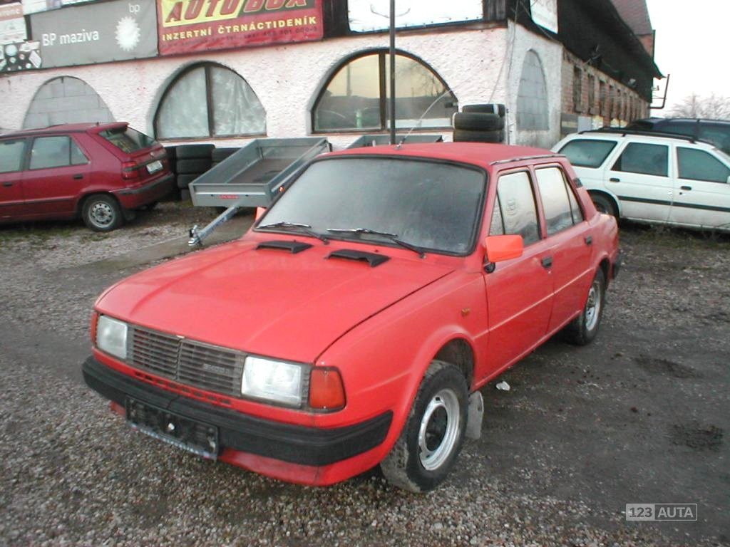 Škoda 120, 1987 - celkový pohled