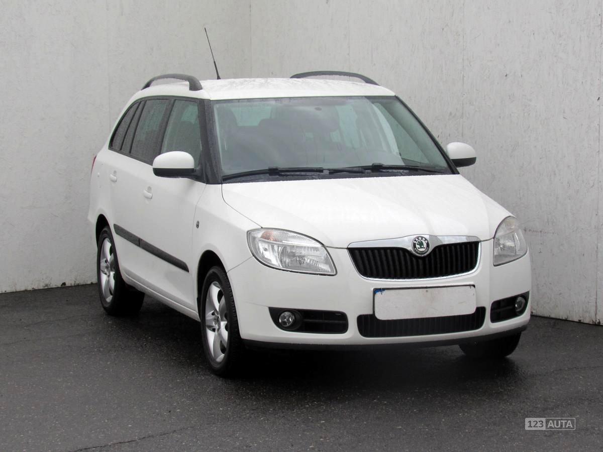 Škoda Fabia II, 2010 - celkový pohled