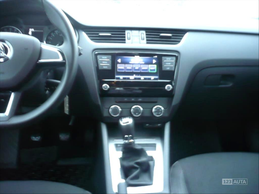 Škoda Octavia, 2017 - pohled č. 6