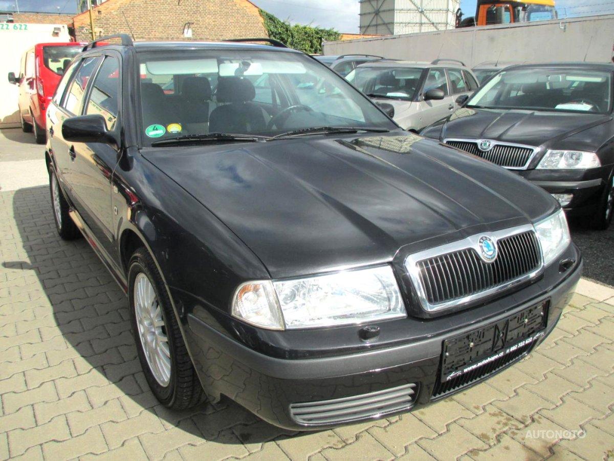 Škoda Octavia, 2002 - celkový pohled